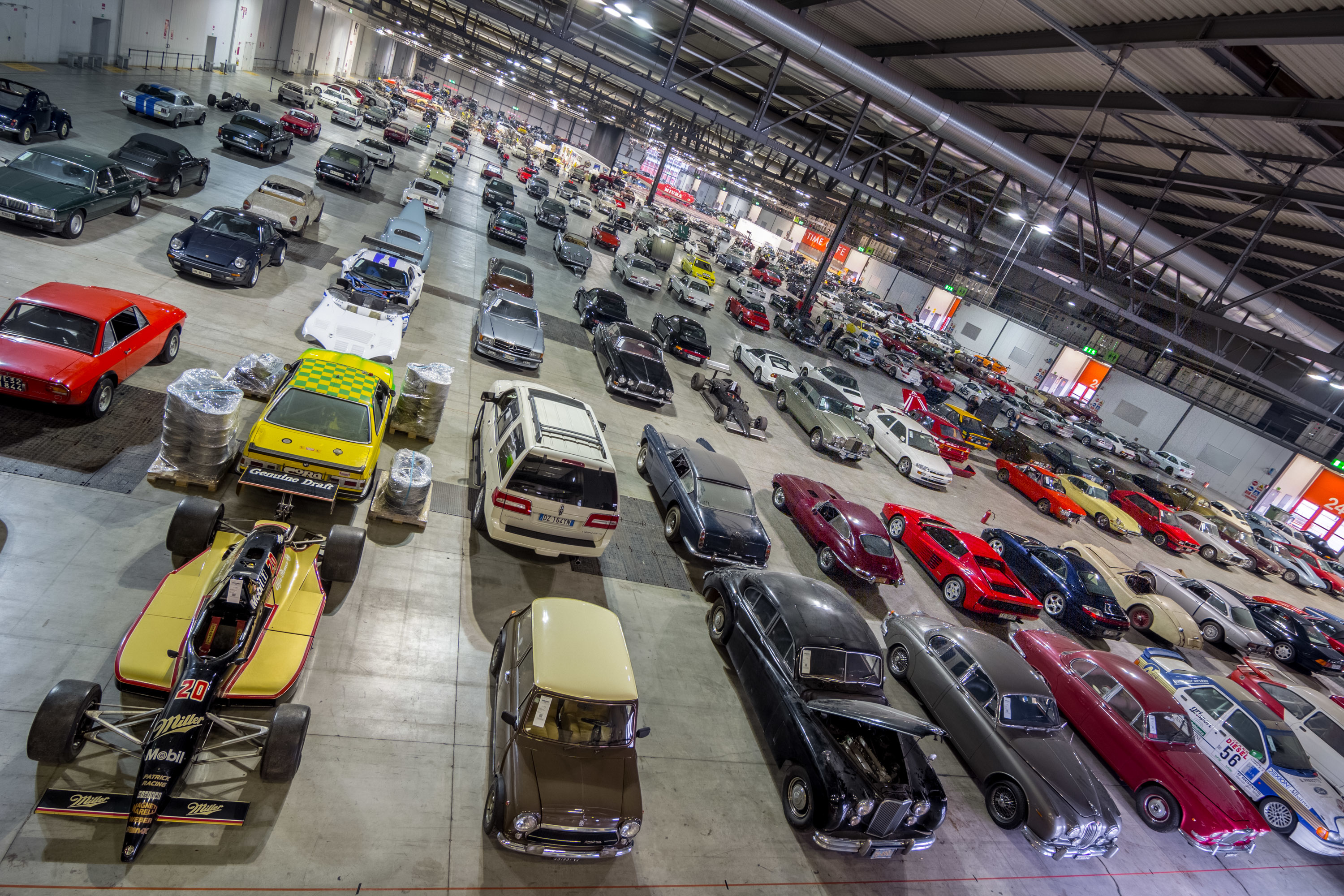 RM Sotheby\'s Milan Car Auction Yields €51..   superyachts.com