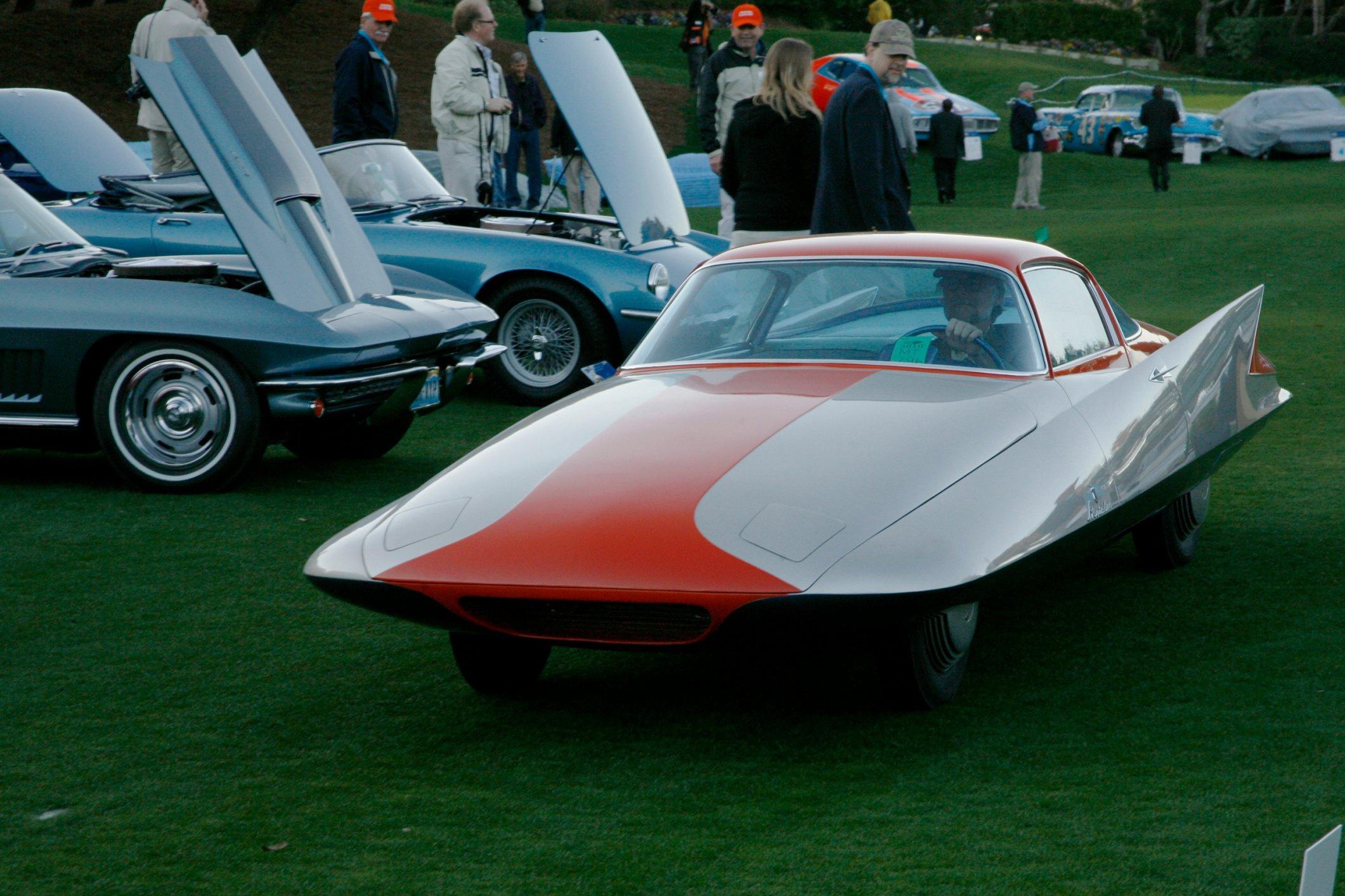 The Concours DElegance Vintage Car Show Superyachtscom - Amelia car show