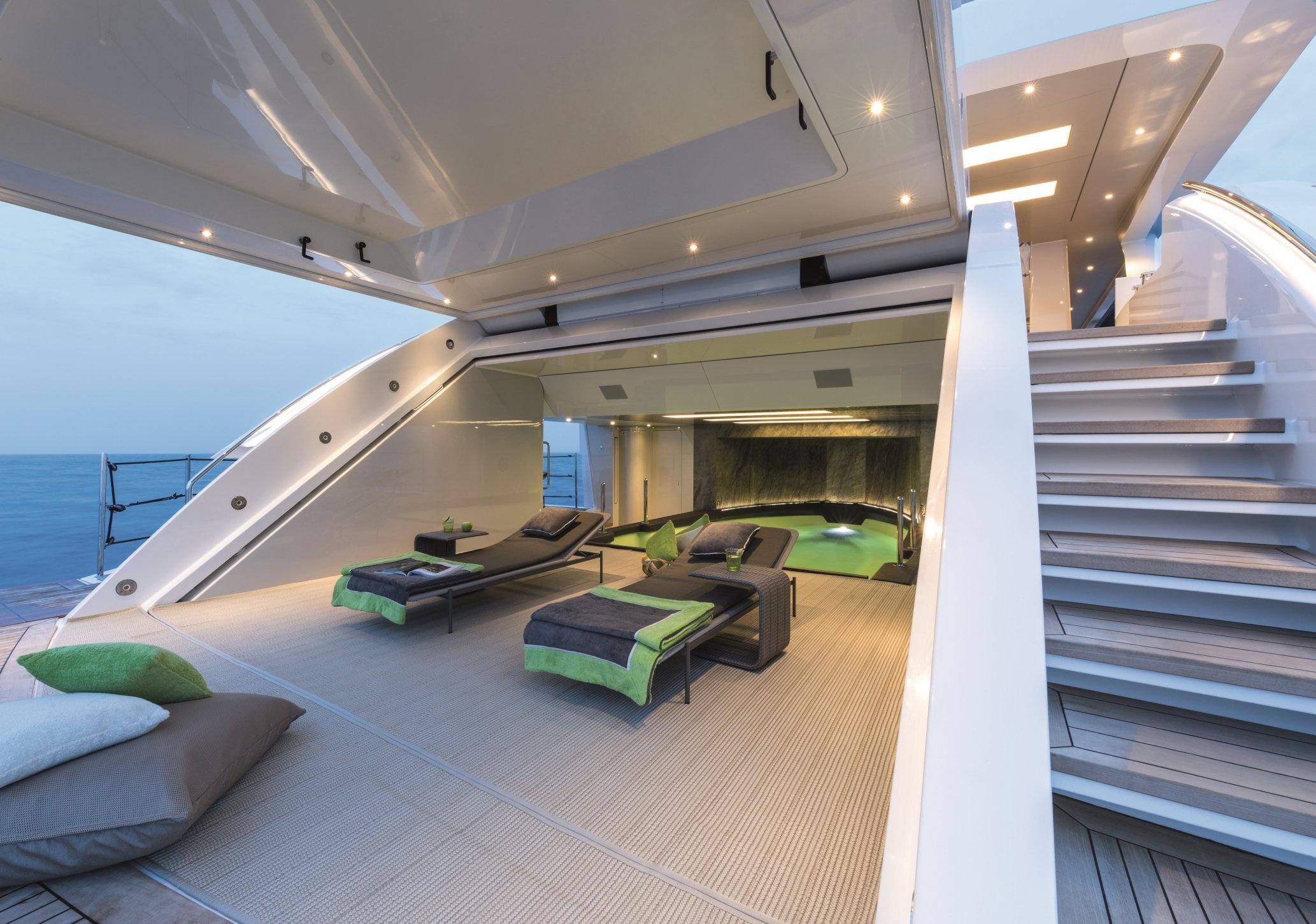 5 Signature Design Elements Of Wider 150 Superyachts Com
