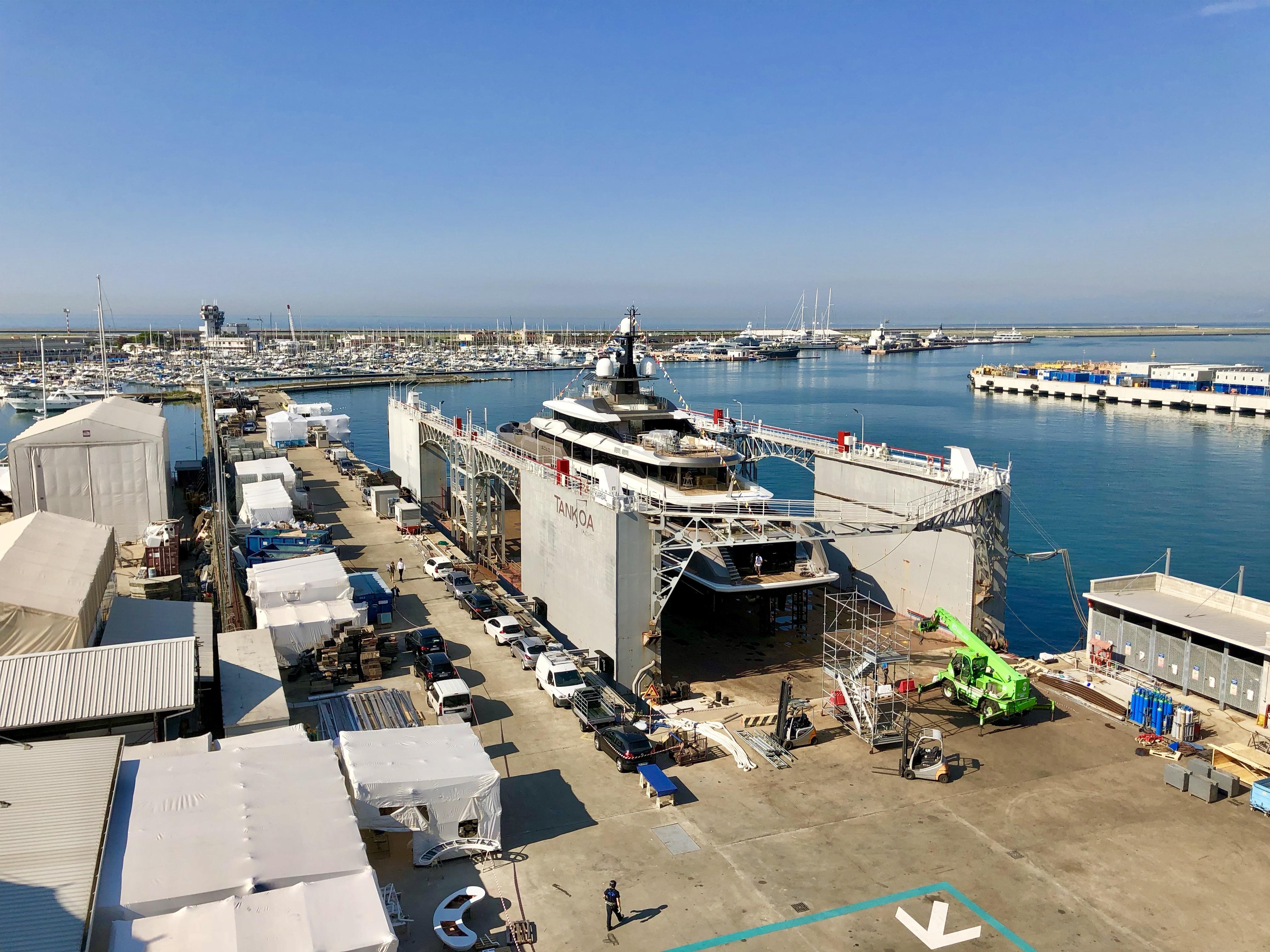 Tankoa Yachts Launch S701 Solo | superyachts com
