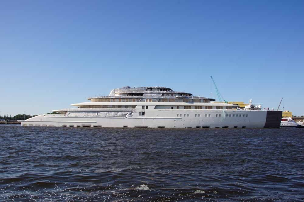 Introducing Project Azzam The World S Superyachts Com