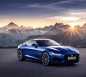 Jaguar Unveils New F-TYPE Model