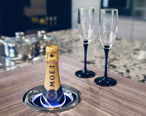Kaelo 'Iceless' Ice Bucket to Transform Champagne Experience