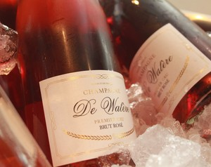 Champagne De Watère Delivered Straight to Your Yacht
