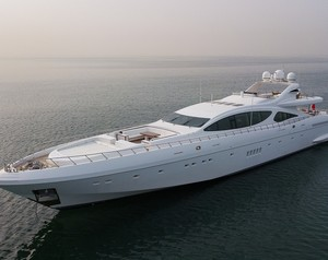 Selling Style & Speed with M/Y Samhan