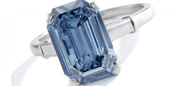 Rare Blue Diamond Ring Fetches $6.7m at Sotheby's Auction