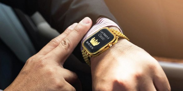 The Apple Watch 4 by Brikk is Awash with Gold
