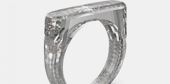 Apple Designer John Ive Creates One-Off Ring Made of Diamonds