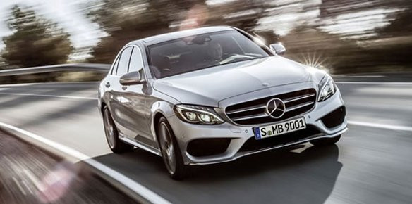 Mercedes Unveils C-Class Saloon for 2015