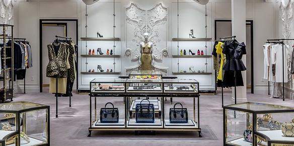 b355efd17152 Alexander McQueen Opens Debut Paris Store