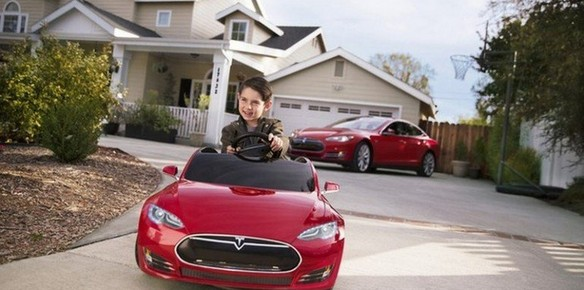 Tesla Create Kids' Versions of its Model S