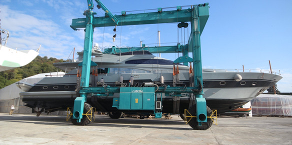 KRM Yacht Refit Prepare The Rebirth Of M/Y April (above)