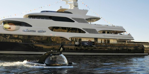 A U-Boat Worx Submersible In Action at the 2015 Monaco Yacht Show