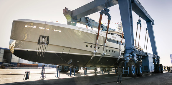 'Endeavour II' delivered at the Rossinavi facility in the Navicelli Pisa yacht district