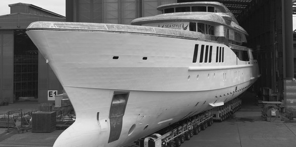 Benetti Superyacht Spectre Begins Final Outfitting