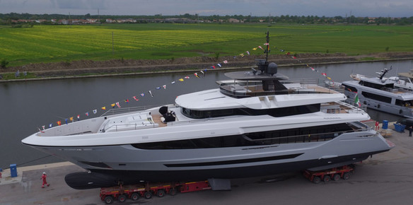 The Alberto Mancini-designed Mangusta Oceano 42 reaches the water