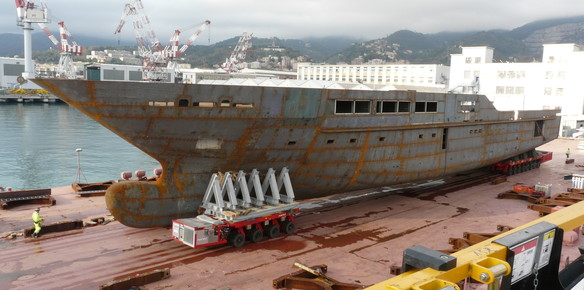 The hull of the 71-metre superyacht 'S701' at the Tankoa shipyard