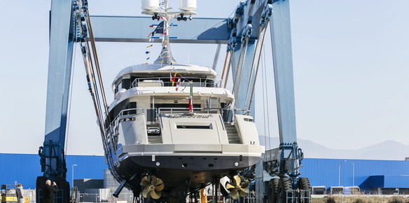 M/Y Endeavour by Rossinavi fitted with stabilizer system by CMC Marine