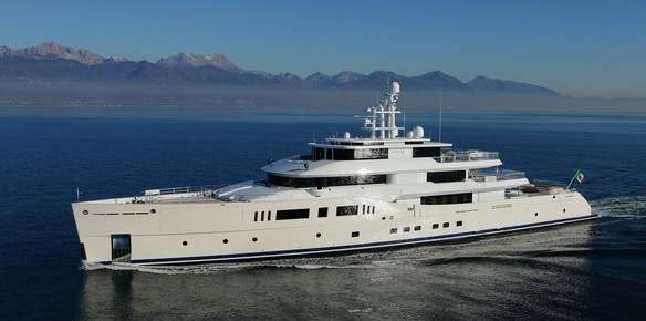 Y.CO Announce Sale of Picchiotti Superyacht, Grace E