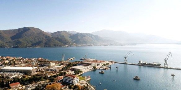 Montenegro Sign Contract for Redevelopment of Bijela Shipyard