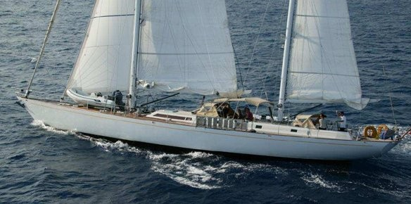 Thierry Voisin Reduce Price of Sailing Yacht Volador