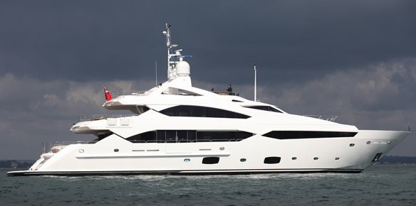 Sunseeker Superyacht Sold at the Dubai Boat Show 2011