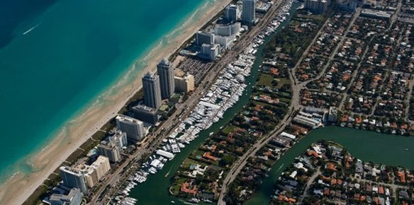 Miami Yacht & Brokerage Show Reports Success (photos by Forest Johnson)