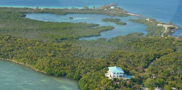 Bahamas Private Island Chain to be Sold at Auction