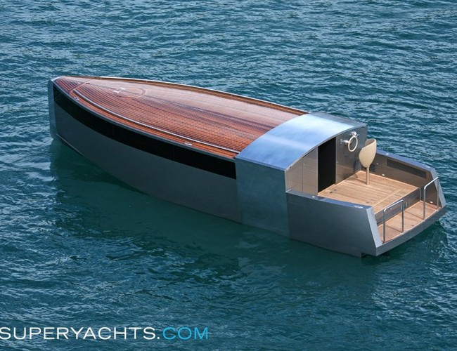 motor yacht 39 a 39 stylish tenders by philippe. Black Bedroom Furniture Sets. Home Design Ideas