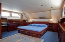 Lady Roxanne Luxury Motor Yacht