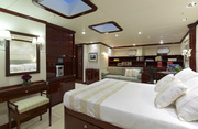 Allure Luxury Yacht Image 16
