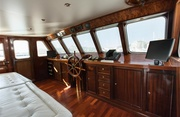 Antares of Britain Luxury Yacht Image 7