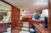 Decompression Luxury Yacht Image 10