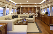Dragon Luxury Yacht Image 9