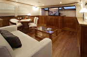 Dragon Luxury Yacht Image 13