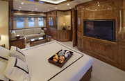 Dragon Luxury Yacht Image 15