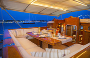 Gloria Luxury Yacht Image 22
