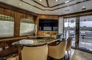 Grateful Two Luxury Yacht Image 3