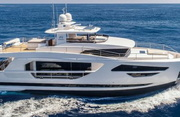 Horizon FD85 Luxury Yacht Image 0