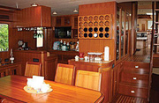 Irish Rover Luxury Yacht Image 5