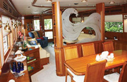 Irish Rover Luxury Yacht Image 8