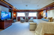 Lauren L Luxury Yacht Image 28