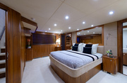 Leading Fearlessly Luxury Yacht Image 16