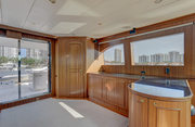 Lexington Luxury Yacht Image 3