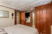 Liquidity Luxury Yacht Image 3