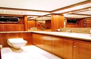 Maverick Luxury Yacht Image 15
