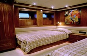 Maverick Luxury Yacht Image 17