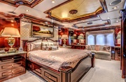 Never Enough Luxury Yacht Image 16