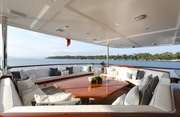 New Hampshire Luxury Yacht Image 10
