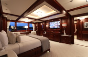 New Hampshire Luxury Yacht Image 16